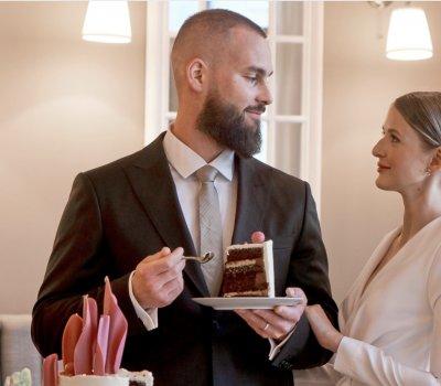 Výber svadobného obleku